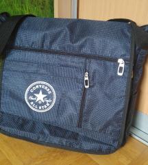 Športna / šolska torba - temno modra s pikicami