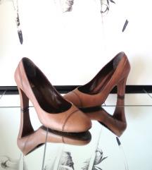 * klasicni, usnjeni orig. Hugo Boss cevlji