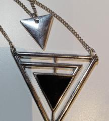 Dvojna ogrlica trikotnik