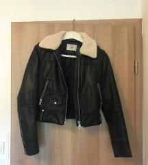 crna usnjena jaknca