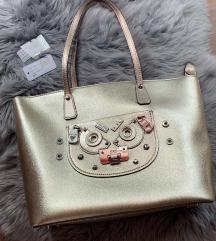 GUESS zlata torbica (MPC:145 EUR)