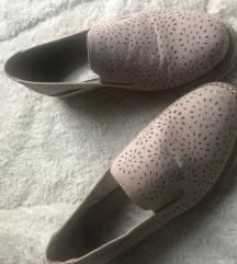 Bež nizki čevlji
