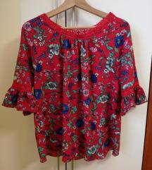 Bluza majica cvetlični vzorec L (bolj XL ali 44)
