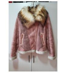 Modna jakna z ovčko