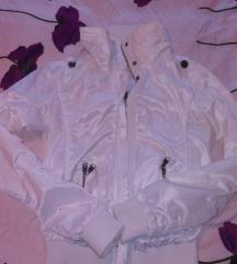 Bela jaknica S
