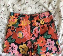 NOVE ZARA kratke hlače