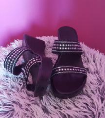 Novi črni in srebrni sandali ❤️