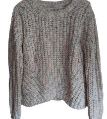 Pastelni pisan pulover