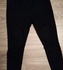 Črne hlače Pimkie št. 40