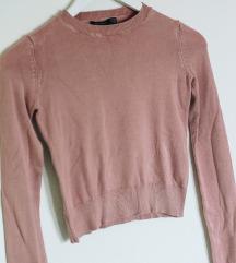 Roza crop pulover / ne menjam
