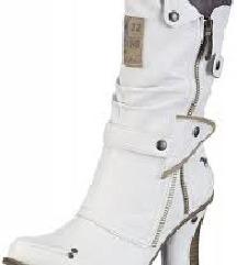 Škornji beli