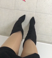 Visoki skornji nad koleni