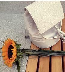 Bel nahrbtnik Zara