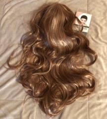 Čisto nova,dolga,valovita lasulja,za oblikovanje