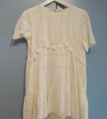 Zara čipkasta bela oblekica