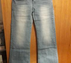Kavbojke wide regular jeans
