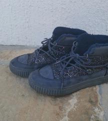 Friboo čevlji št. 34