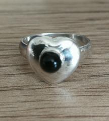 Srebrni prstan oniks