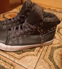 zimski modni čevlji