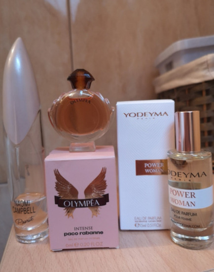 Parfumi menjam