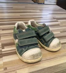 Otroški čevlji 21