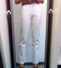 Nove bele jeans hlace S/