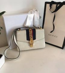 Gucci Sylvie originalna torbica - mpc 2400 evrov