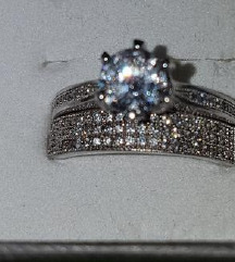 Dva srebrna prstana(žig 925) vel. 18.8 mm