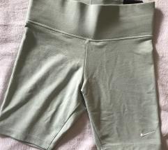 Nike kratke hlače NOVE