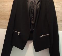 Črn sako