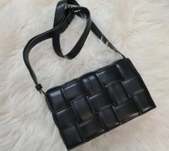 Botega Venetta črna torbica