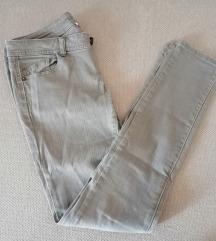 Nove sive hlače