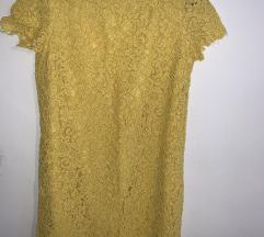 Rumena čipkasta obleka