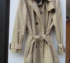 Bež trench coat