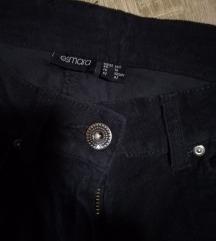 Nove žametne hlače