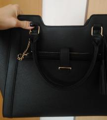 Nova večja črna torbica