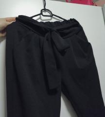 Črne elegantne paperbag hlače XS/S