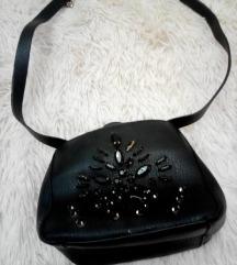 Zara torbica s kristali