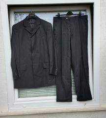 GIANFRANCO FERRE št. 52 moška črna obleka