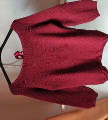 Krasen bordo pulover