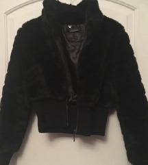 AKCIJA: Zara faux črna bundica