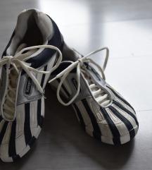 Ženski športni čevlji