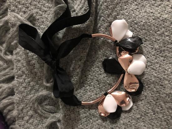 Rose gold črno bela ogrlica 🎀