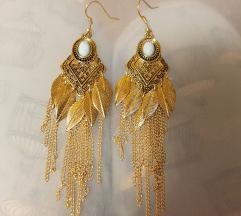Dolgi zlati uhani z turkiznim kamnom