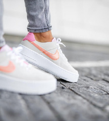 NIKE AIR FORCE SAGE LOW POPOLNOMA NOVE