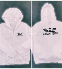 Armani jaknica