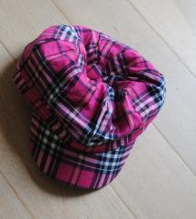 H&M karirast klobuk