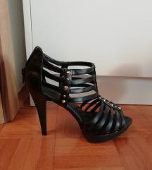 Sandali z zlatimi detajli/NOVI (MPC 40 EUR)