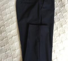 Elegantne modre hlače