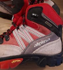Pohodni čevlji Alpina št. 28